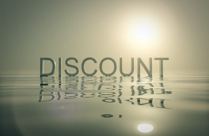Tips To Score Major Discounts While Shopping Online